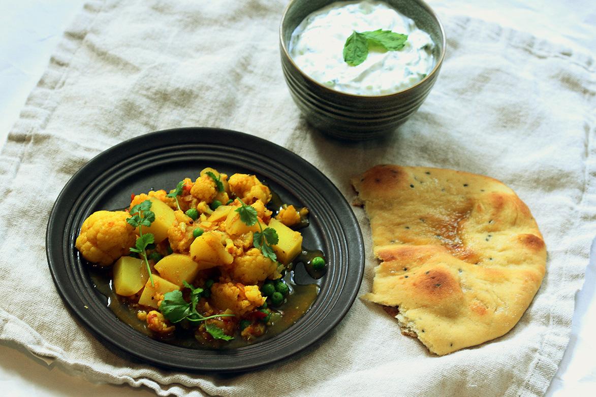 blomkål og potetcurry - aloo gobi