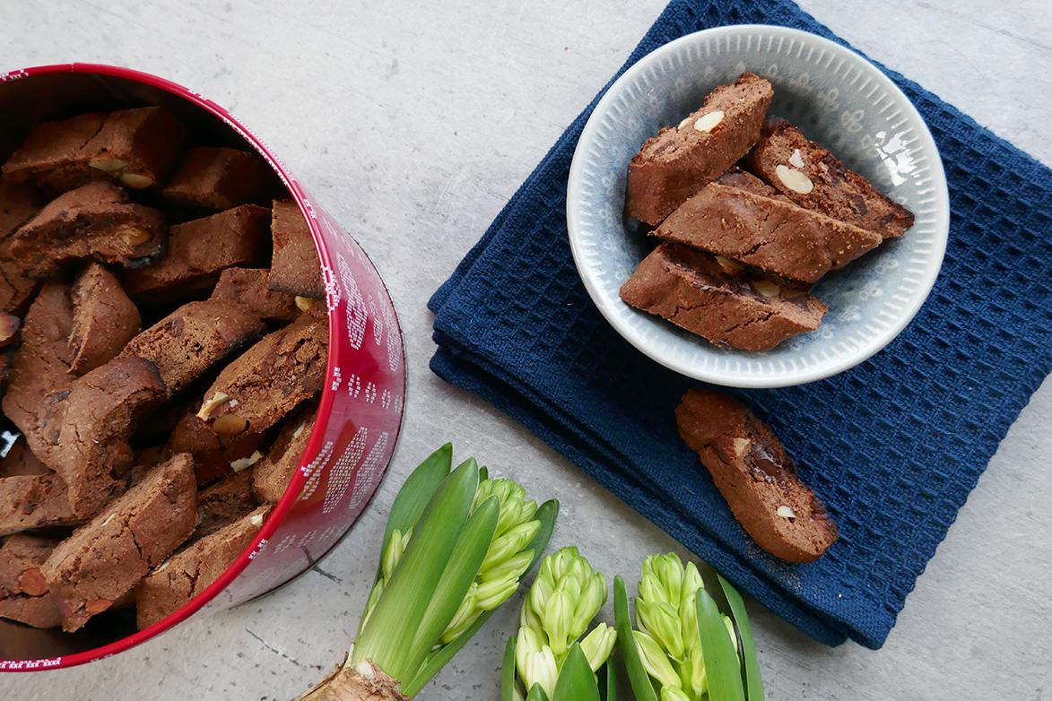 Dobbelt sjokoladebiscotti med appelsinsmak