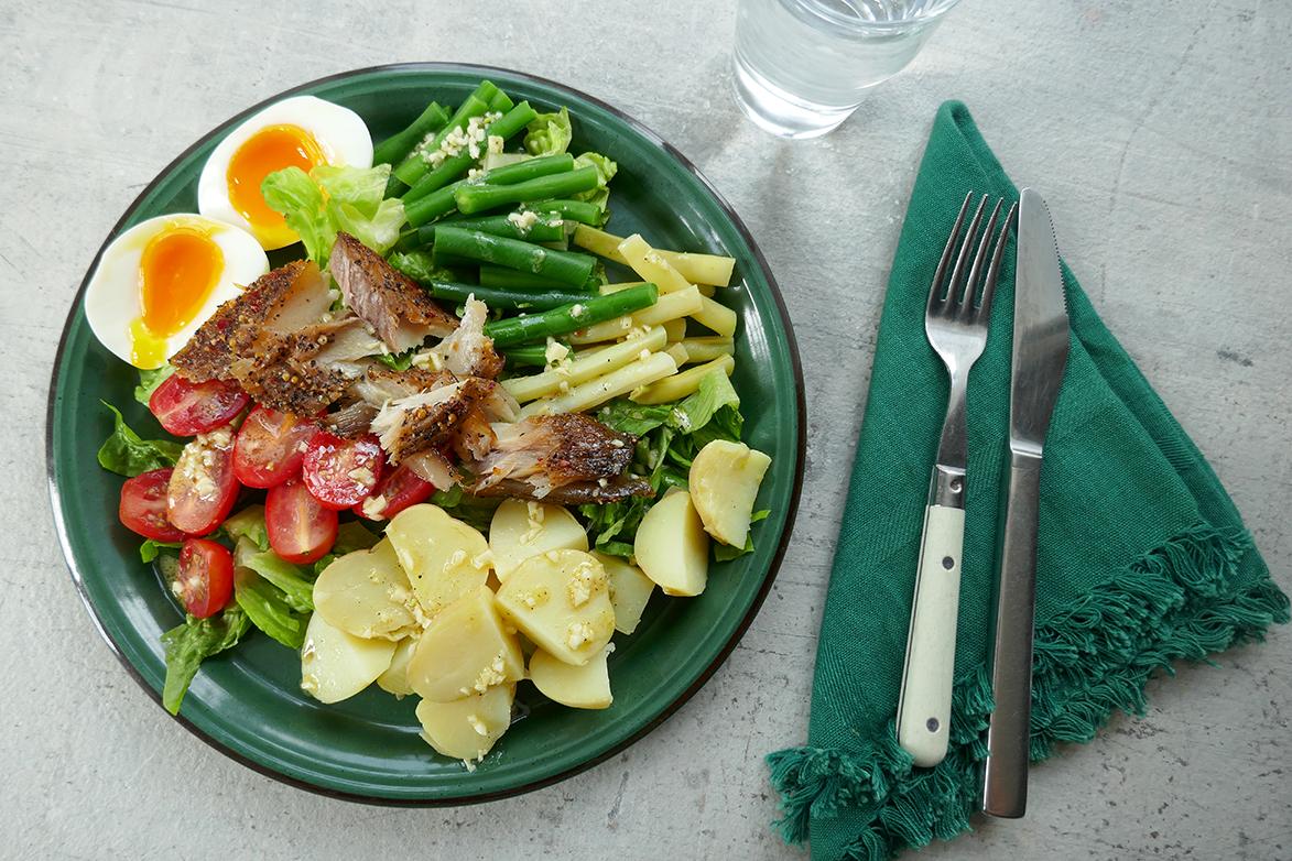 Sommersalat med makrell