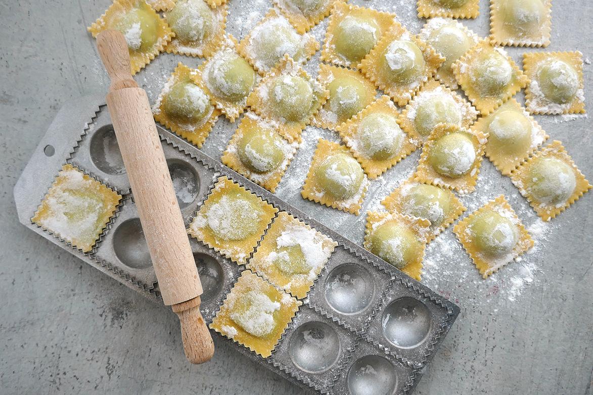 Rå ravioli med brennesle