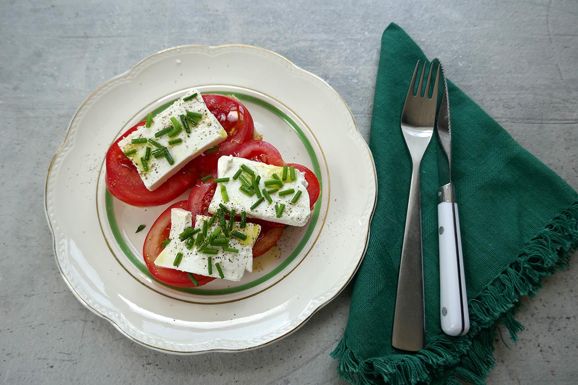 Skive med tomat og fetaost